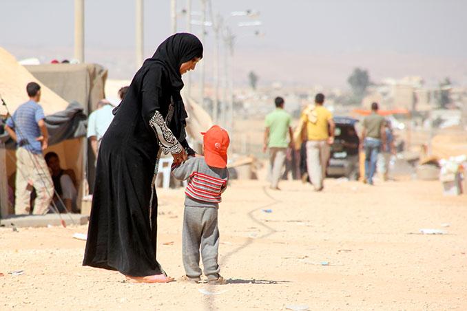 Aktion Deutschland hilft engagiert sich in Fluechtlingslagern