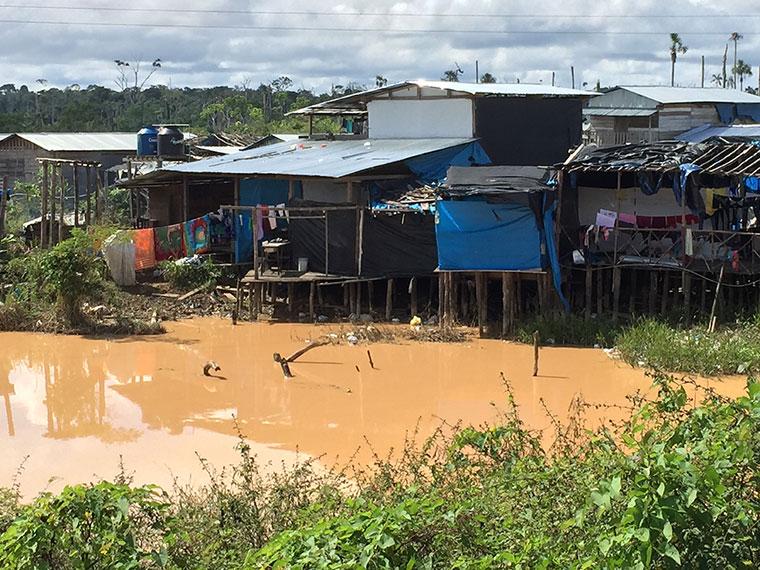Schwere Folgen fuer Mensch und Umwelt durch Goldhandel