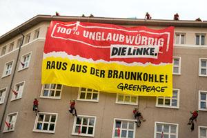 Die Umweltaktivisten nehmen das Hauptgebäude der Linken in Berlin ein © Greenpeace