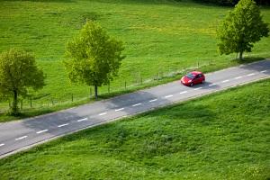 Autos auf der Straße© MACIEJ NOSKOWSKI/iStock/Thinkstock