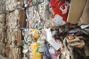 Saarland revolutioniert mit einem neuen, erfolgreichen Abfallkonzept © txpeter/ iStock/ Thinkstock