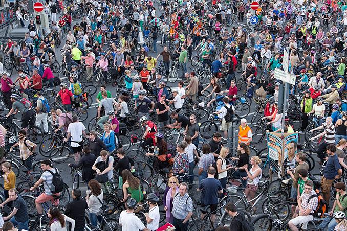 Fahrradfahren kann man in jedem Alter