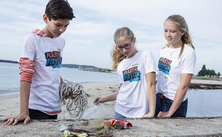 Projekt gegen Plastik in deutschen Flüssen - die Plastikpiraten.