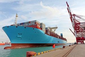 Emissionen durch Schiffe stellen eine Gefahr dar. © tcly/ iStock/ Thinkstock