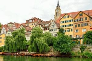 Ein Blick auf Tübingen ©villy_yovcheva/iStock/Thinkstock