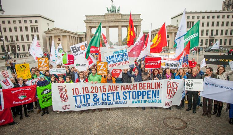 250.000 Menschen gingen gegen TTIP auf die Straßen Berlins