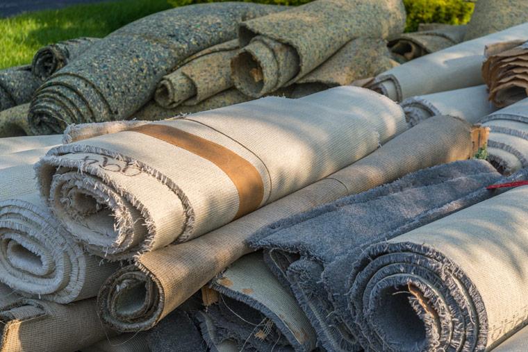 Umweltproblem durch Teppichentsorgung