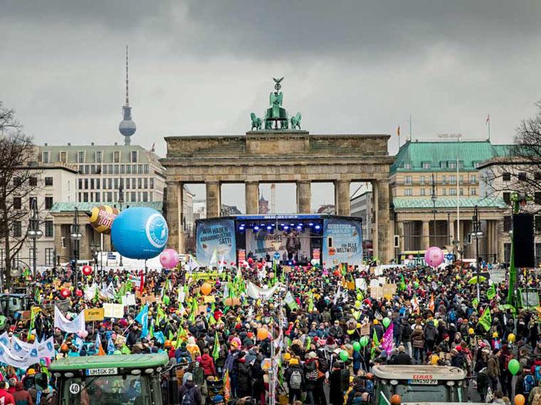 Demo »Wir haben es satt« in Berlin