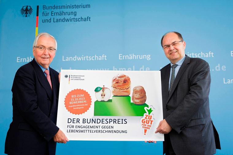 Bundesminister Christian Schmidt und Juryvorsitzender Klaus Töpfer zeichnen zum zweiten Mal besonderes Engagement aus