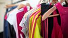 Kleidung aus Plastikmüll