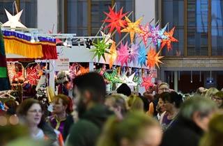 Geschenke mit Geschichte beim Bazaar Berlin am Funkturm