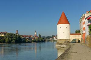 Profiteur der neuen Staustufe ist auch die Stadt Passau © tekinturkdogan (iStock / thinkstock)