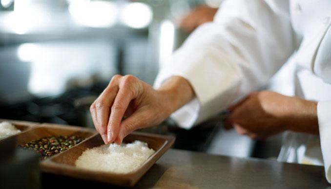 Selbst gezüchtete Salzkristalle von © Fuse (thinkstock)