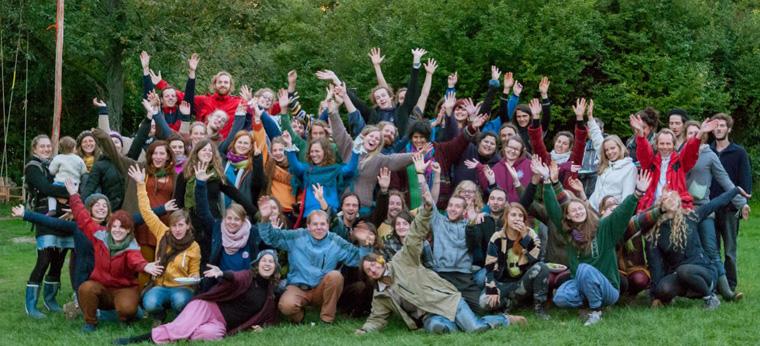 Die Mitglieder des Projekt- und Aktionsnetzwerks living utopia