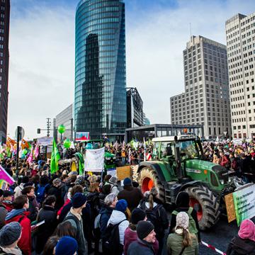 Demonstration für ökologische Landwirtschaft