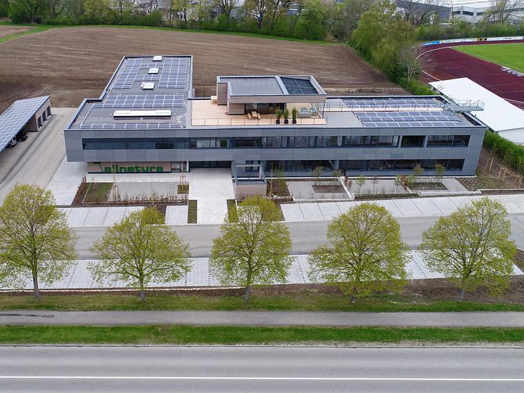 Der neue Firmensitz von allnatura ist ein nachhaltiger Arbeitsplatz für derzeit mehr als 50 Mitarbeiter