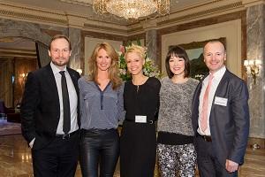 Ein Teil der Jury: Gastgeber Marco Voigt (links) und Alexia Osswald (Mitte) mit Mareile Höppner, Nela Lee und Karsten Schwanke (v.l.n.r.) © GreenTec Awards, Ulf Büschleb