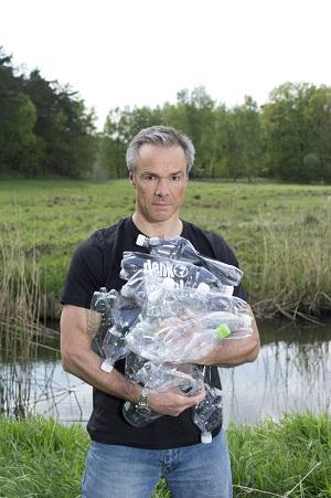 Johannes Jaenicke kämpft gegen Plastik und für die Umwelt. ©SodaStream