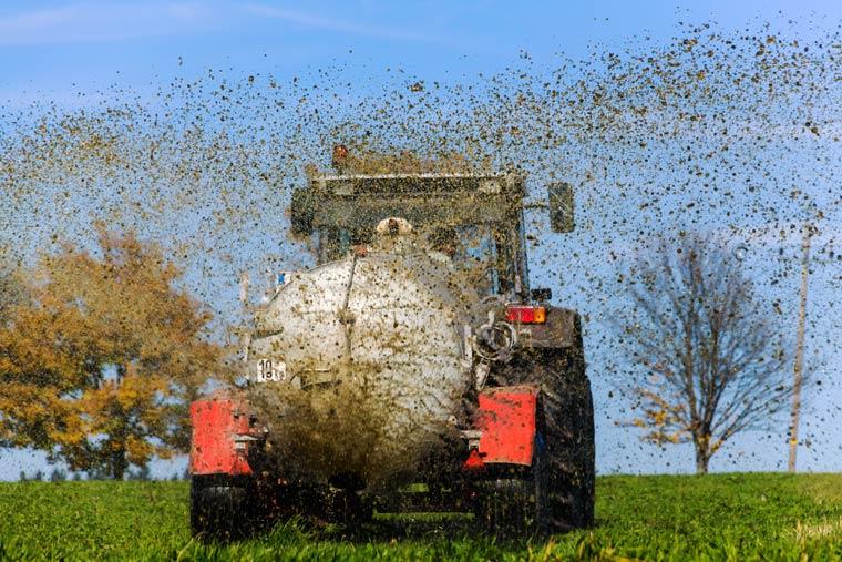 Intensive Landwirtschaft verunreinigt das Grundwasser