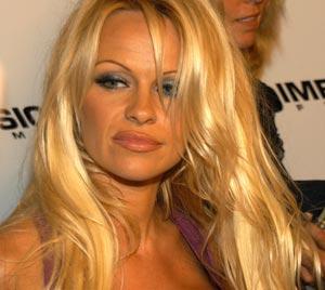 Pamela Anderson ist seit 20 Jahren Veganerin und setzt sich für die Rechte von Tieren ein.
