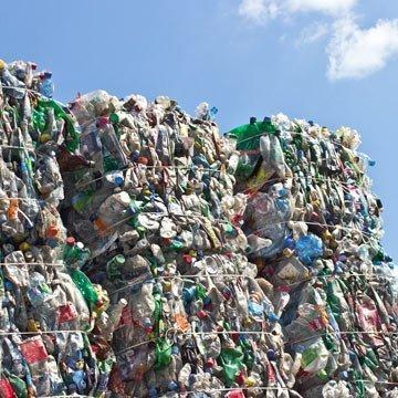 Einfuhrstopp in China: Doch wohin mit unserem Plastikmüll?