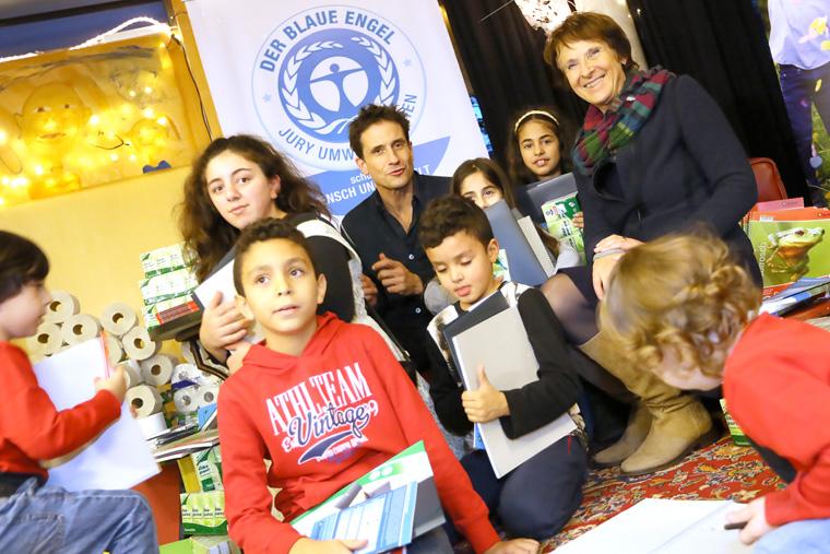 Umweltbotschafter Oliver Mommsen und die Präsidentin des Umweltbundesamtes Maria Krautzberger besuchten das SOS-Kinderdorf Berlin