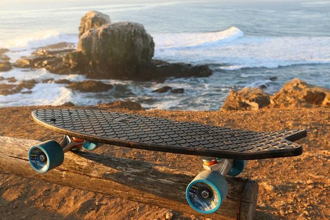 Fischernetze werden zu Skateboards © Bureo