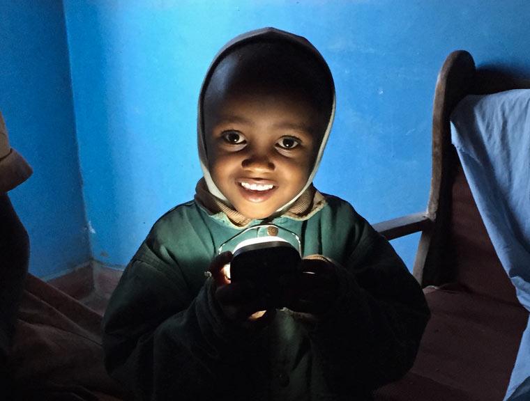 Dieses Projekt bringt Solarstrom nach Namibia