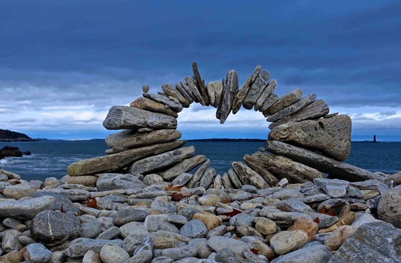 Die Kunst aus Steinen Bilder zu schaffen