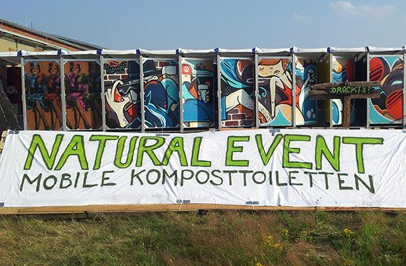Klo ohne Chemie und Wasser: Die Komposttoilette für Großevents