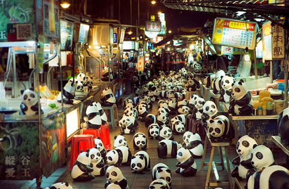 Vom Aussterben bedroht: Pappmaché-Pandas auf Tour durch Hongkong