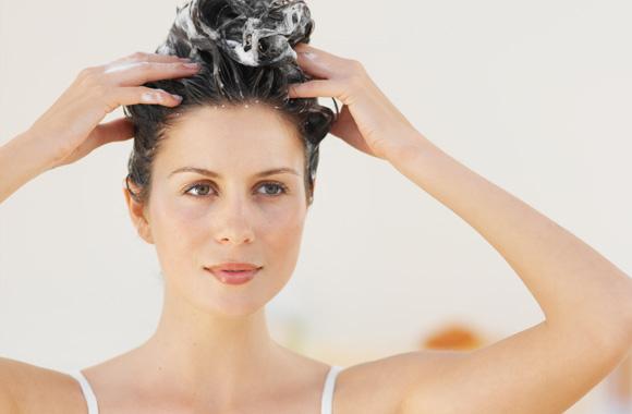 Shampoo ohne Silikone: Kennen Sie diese Alternativen aus der Naturkosmetik?