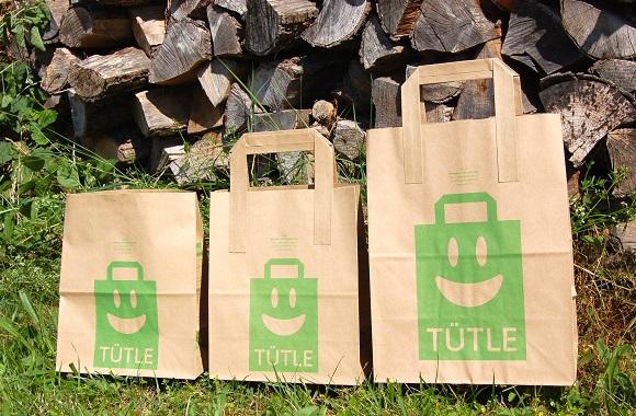 Alternative zu Plastiktüten: Das Tütle Recyclingpapier-Einkaufstüten als Biomüllbeutel wiederverwendbar