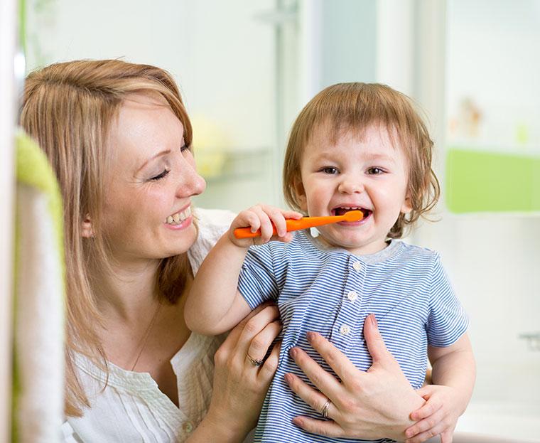 Die Hälfte der Zahnpasten schneiden sehr gut ab.