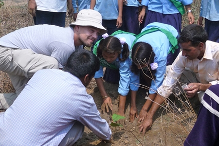 Stars wie Robert Redford machen sich für die Umwelt und das Klima stark, leben umweltfreundlich