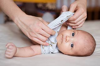 babyfreundliche Kleidung