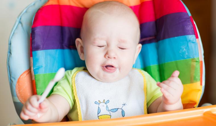 Trotz der bekannten Gefahr will die EU mehr Zucker im babybrei