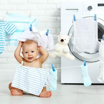 Praktische Reinigungstipps für Babys Wäsche