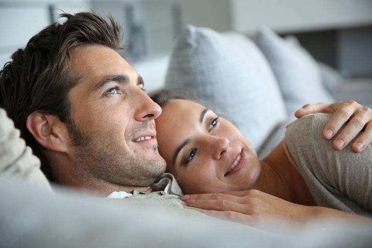 Denken Sie an Ihr Ehegelöbnis, die Gründe warum Sie Ihren Mann geheiratet haben