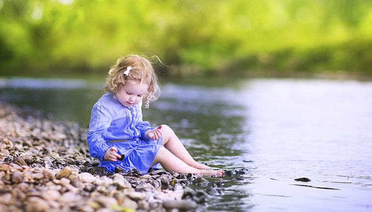Kinder lieben die Natur