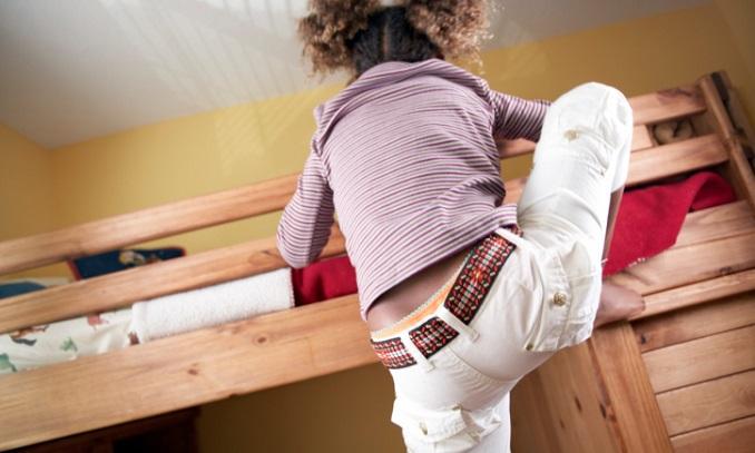 Kind und kinderzimmer gesund heimwerken for Farbige rauhfasertapeten