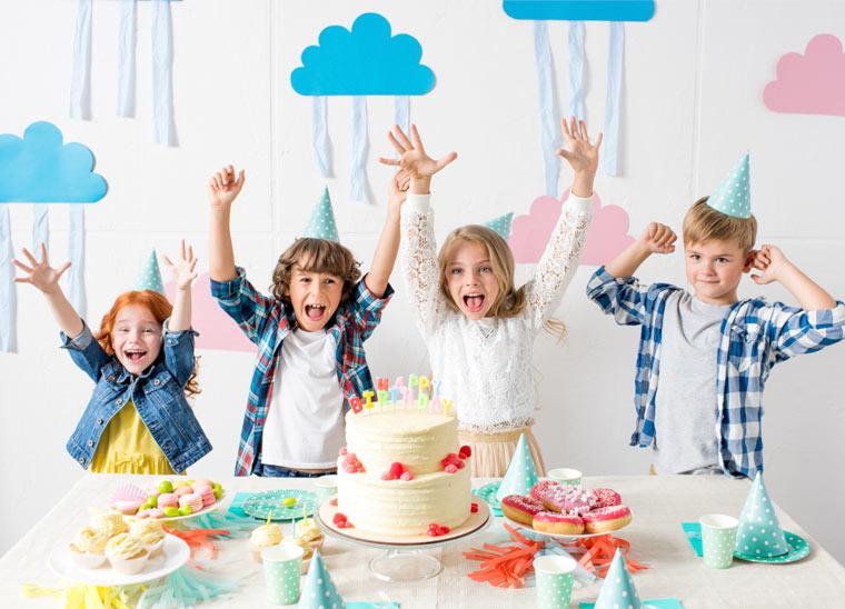 Kindergeburtstag: Tipps für die Party bei schlechtem Wetter
