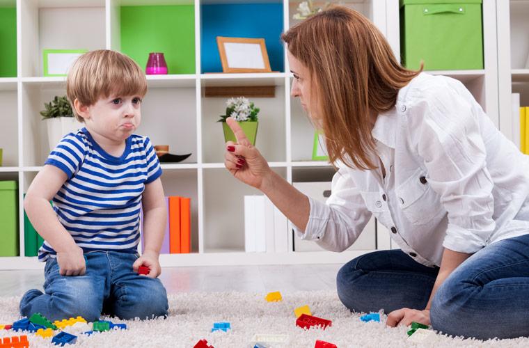 Kindern Grenzen aufzeigen – So geht's mit Erfolg
