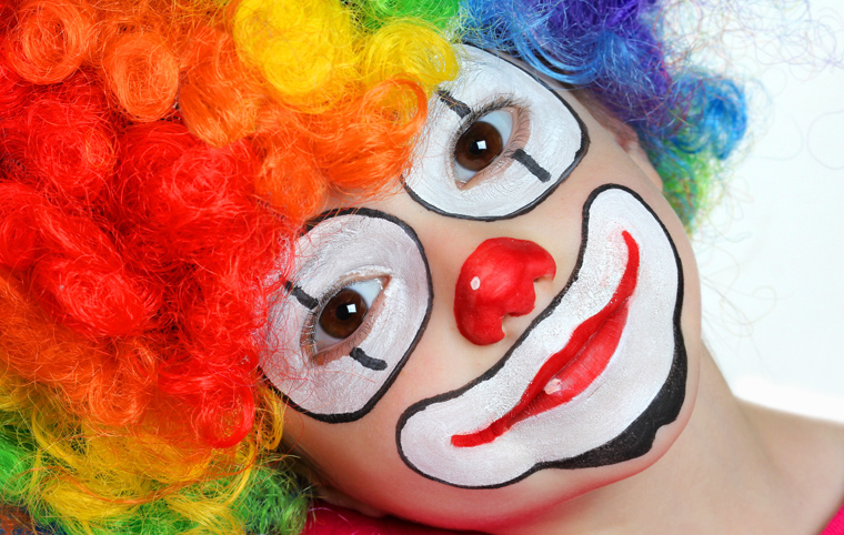 Achtung: Kinderschminke ist oft hoch giftig!