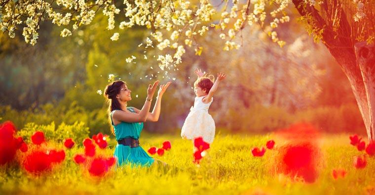 Zu Ehren aller Mütter wird jährlich am zweiten Maisonntag der Muttertag gefeiert.