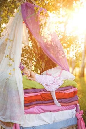 kinderbett matratze aus naturmaterial gesund schlafen kinderzimmer. Black Bedroom Furniture Sets. Home Design Ideas