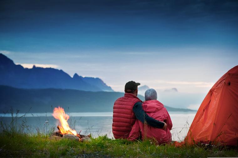 Romantisches Lagerfeuer