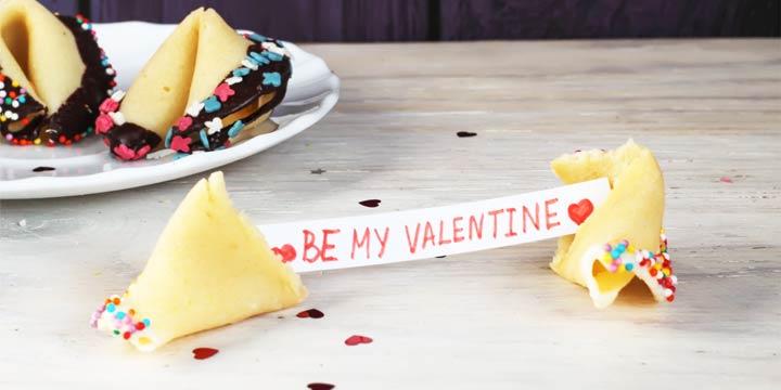 Geschenke zum Valentinstag: Rezept für Glückskekse