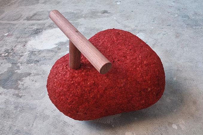 Sieht aus wie ein roter, eingefärbter Pferdeapfel © Michael Neville