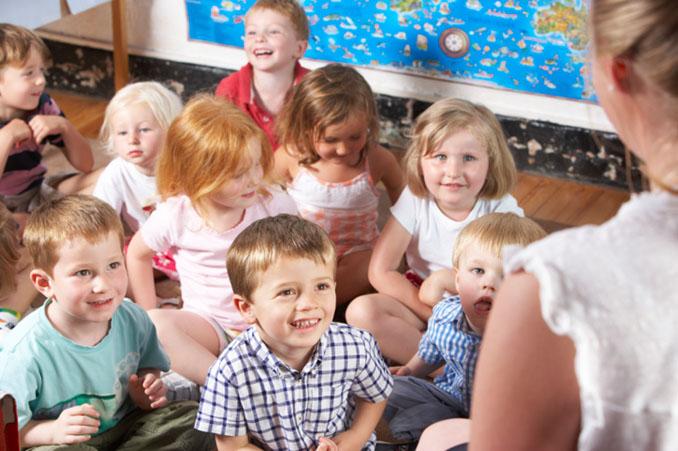 Montessori und Waldorf sind nur zwei von vielen alternativen Schulformen © Monkey Business Images/Stockbroker (thinkstockphotos)
